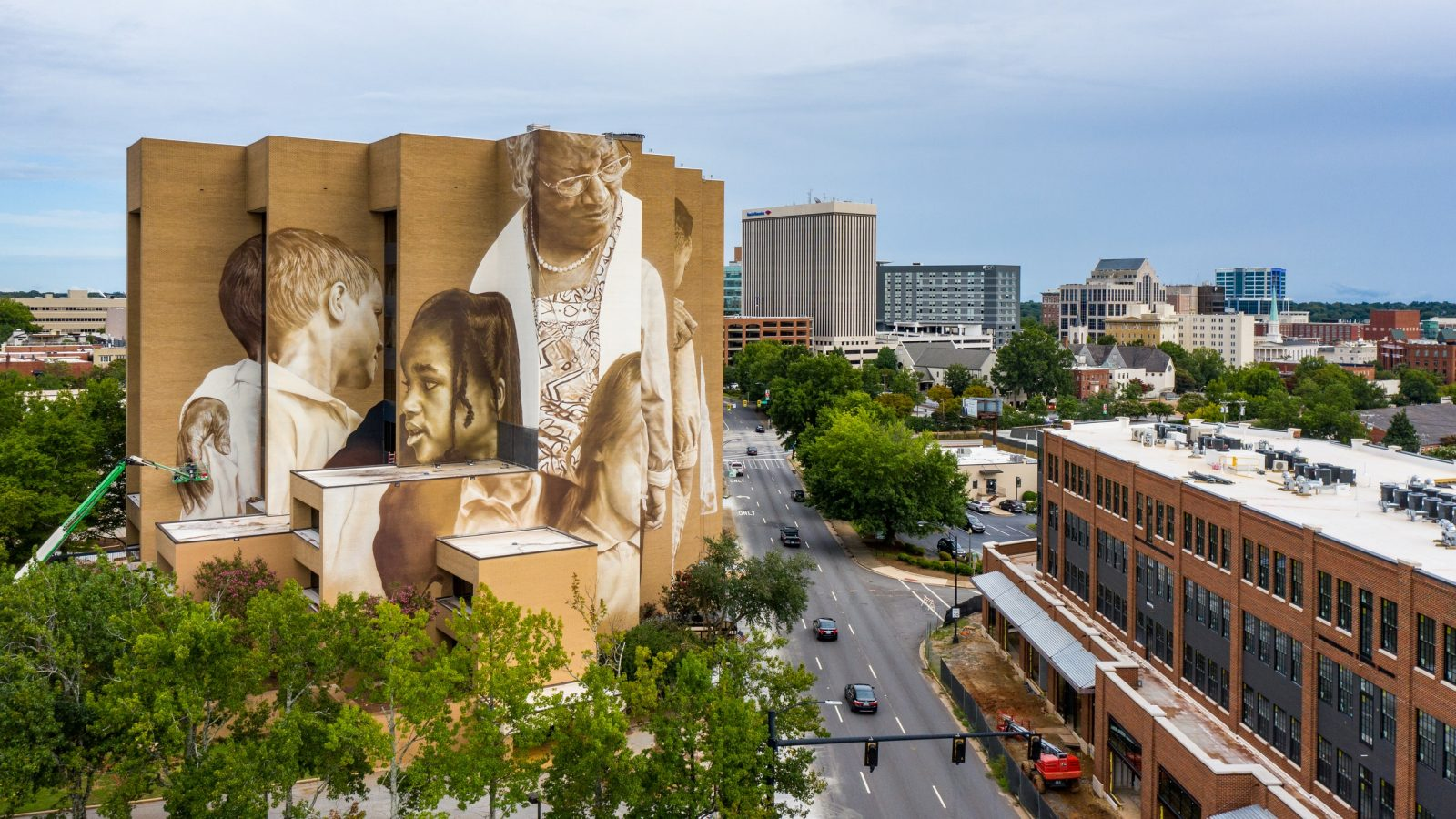 Pearlie Harris mural on Canvas Tower in Greenville, S.C. Photo courtesy of the Beach Company.