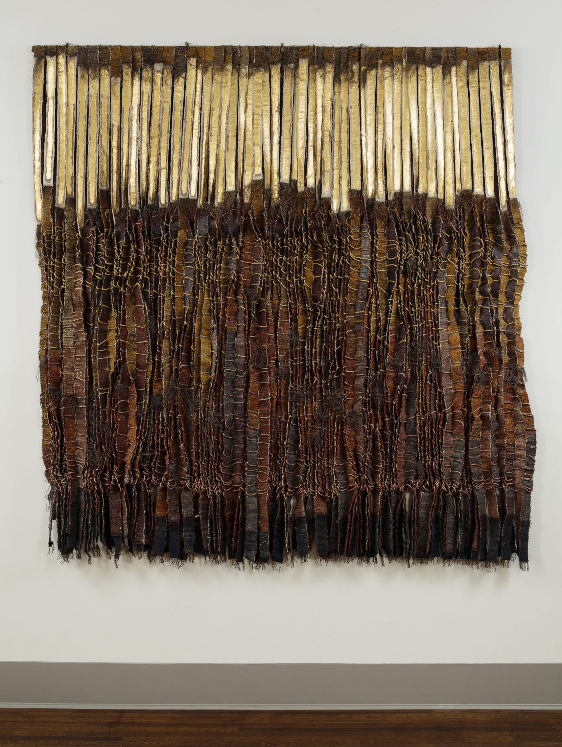 Olga De Amaral (Colombian, born 1932), Riscos y oro 2 (Crags and gold 2), 1985, horsehair, fiber, paint, gold leaf, 90 × 86 in. (228.6 × 218.4 cm). Purchased with funds from the Libbey Endowment, Gift of Edward Drummond Libbey, PC2020.03.1