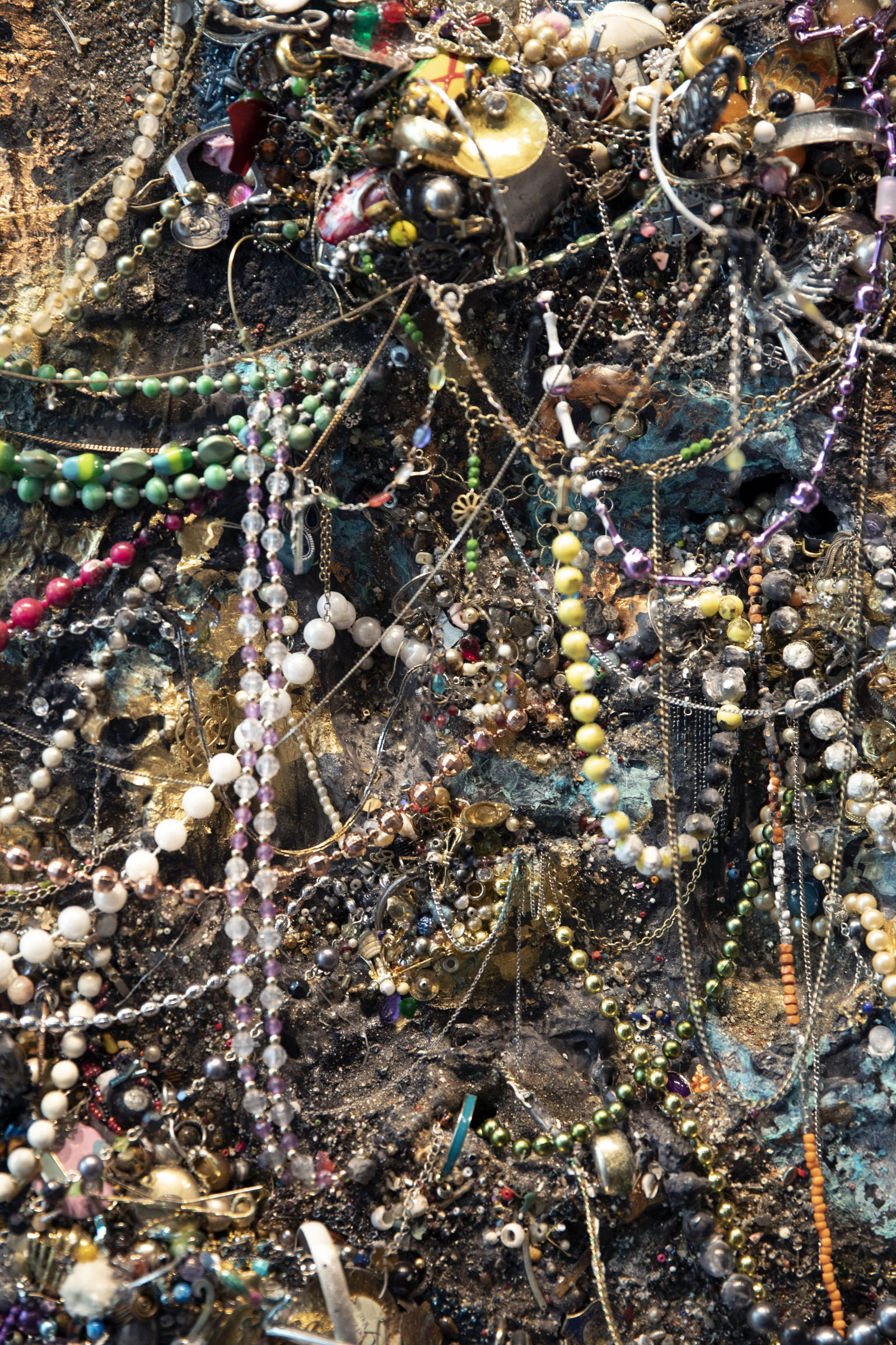 """SCAD Savannah – Summer 2021 – Exhibitions – Monica Cioppettini – """"Re-Jeweled"""" – Documentation – SCAD Alumni Gallery, SCAD Museum of Art – Photography Courtesy of SCAD"""